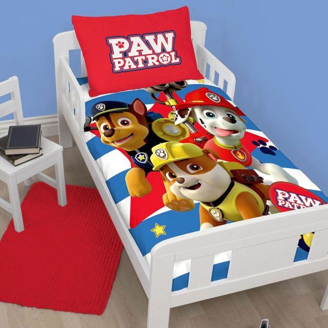 Character World - Parure de lit junior Pat  Patrouille Pawsome polycoton.  Description  Fiche technique. Housse de couette ... 0585bcb8ecbd