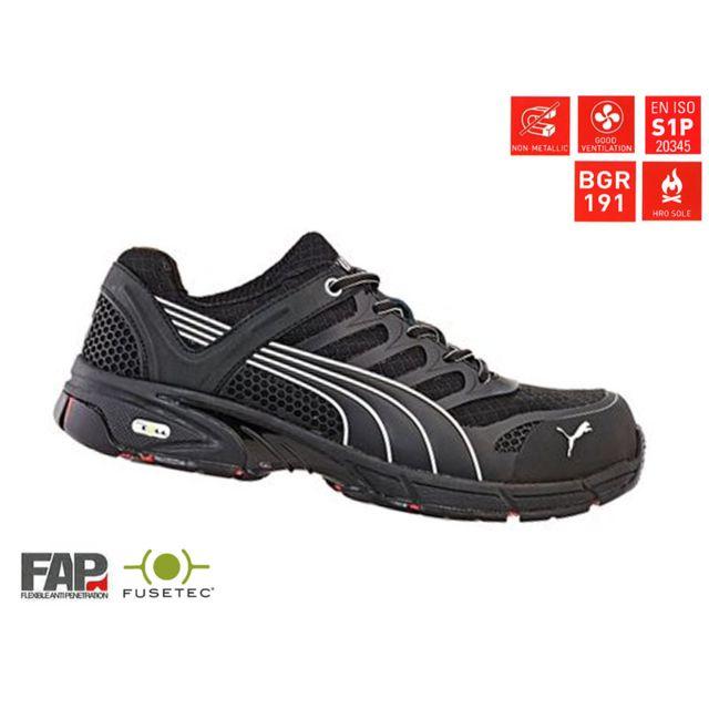 74e2f3a97ad98 Puma - Chaussures de sécurité basses fuse motion Black Taille 39 ...