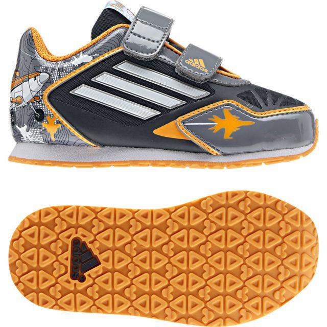 timeless design 4971a f5c5c Adidas originals - Baskets basses Disney Planes - pas cher Achat  Vente Baskets  enfant - RueDuCommerce