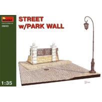 Miniart - 1/35 Street With Park Wall , 36003