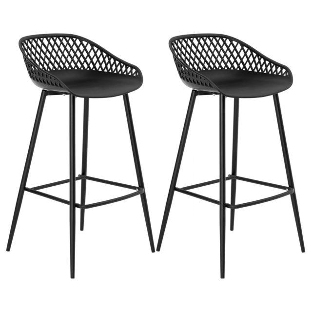 tabouret et chaise de cuisine
