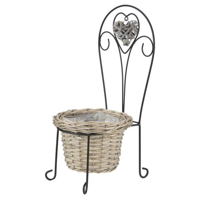 marque generique petite chaise d co jardin en m tal avec jardini re en osier et coeur suspendu. Black Bedroom Furniture Sets. Home Design Ideas