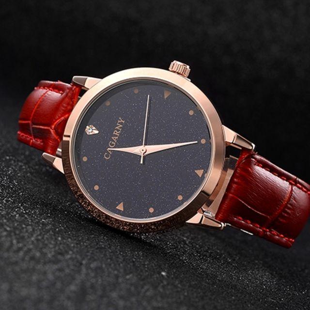 Wewoo - Montre rouge cadran rond résistant à l eau Starry Sky Pattern mode  femmes. Couleur de bracelet ... 1f6a601825c