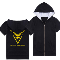 - Veste à capuche manches courtes Pokemon Team Go