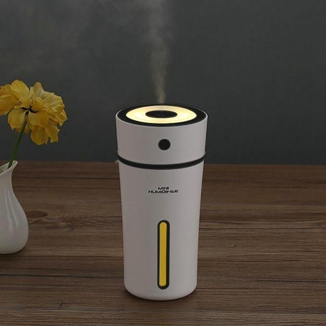 wewoo humidificateur d 39 air noir pour la maison bureau voiture 300 ml mini portable tasse. Black Bedroom Furniture Sets. Home Design Ideas