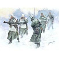 Master Box - Figurines 2ème Guerre Mondiale : Armée allemande Hiver 1941-1942 sur le front de l'Est : Vent froid