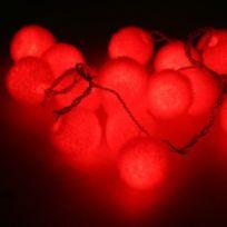 Blachère illumination - Guirlande boules de velours rouge