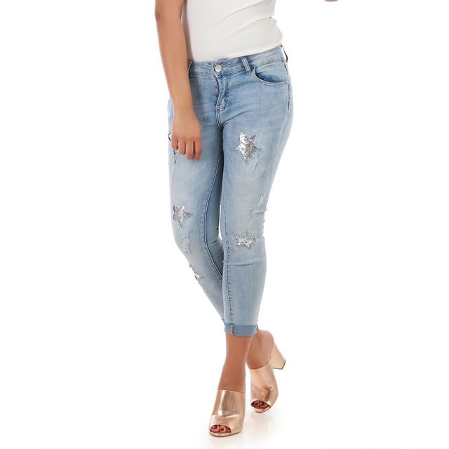 f6c7fcb602d49 Lamodeuse - Jeans bleu détail étoiles scintillantes M - pas cher Achat    Vente Jeans femme - RueDuCommerce