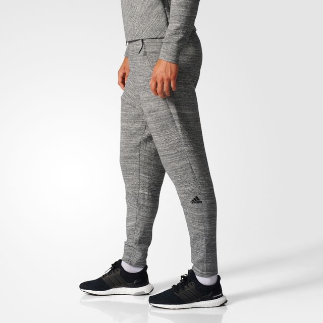 Adidas - Pantalon Travel Z.N.E Gris chiné - pas cher Achat   Vente Pantalons 35bead1e01c5