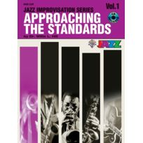 Alfred Music - Partitions Jazz&blues Alfred Publishing Approaching The Standards V1 + Cd - F Instruments Instrument En Fa