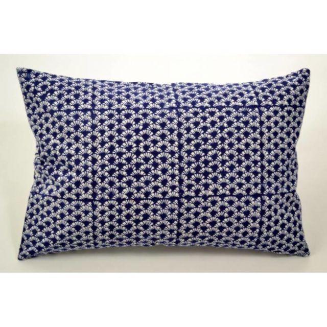 zen ethic housse de coussin 40x60 starflower coton pas cher achat vente coussins. Black Bedroom Furniture Sets. Home Design Ideas
