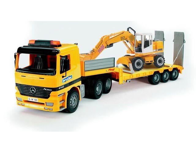 BRUDER Camion porte-char Mercedes Actros avec pelleteuse Liebherr - 01852