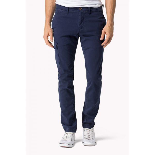 Tommy hilfiger - Pantalon chino Stanley bleu marine pour homme W30 L32 - pas  cher Achat   Vente Pantalon homme - RueDuCommerce 3146e0968bf9