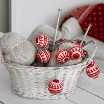Xmas Living Glass - Knitted Balls - Guirlande 6 Boules Tricot Rouge & Blanc 2m - Guirlande et objet lumineux designé par
