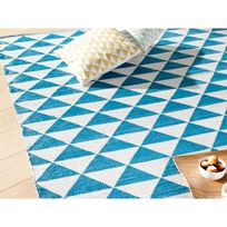 Kaligrafik - Tapis plastique tissé main rendu coton motif triangle bicolore Naveen - Bleu - 160x230cm