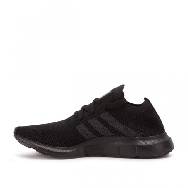 Adidas originals - Basket Swift Run Primeknit - Ref. Cq2893 Noir - pas cher  Achat   Vente Baskets homme - RueDuCommerce 9d6486bf05e4