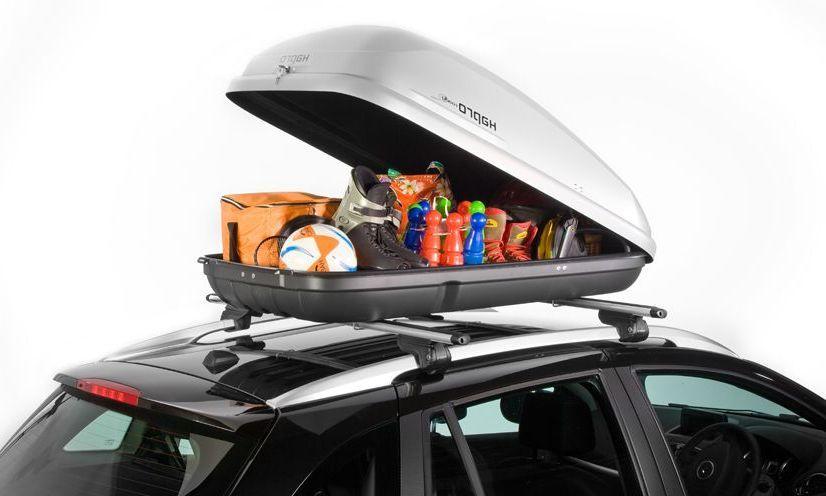 Roady, le compagnon fiable Grâce au système de montage certifié Standard-Fit, vous pouvez monter facilement le coffre de toit sur n'importe quel support ayant jusqu'à 56 mm de large. Il vous suffit d'utiliser un étrier et deux écrous de