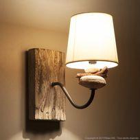 Corep - Applique en bois flotté et galets avec abat jour en coton blanc hauteur 26cm Rio