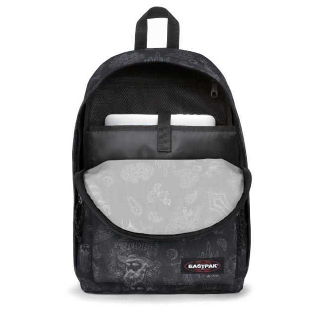 Le sac à dos Eastpak Out Of Office West Black 47T.