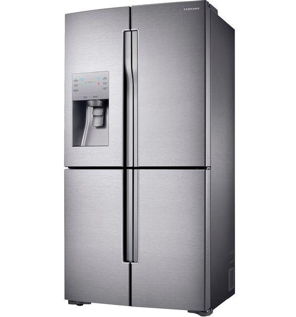 Samsung Réfrigérateur américain 4 portes RF56J9040SR