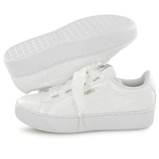 Puma Vikky Platform Ribbon Patent blanc, baskets mode
