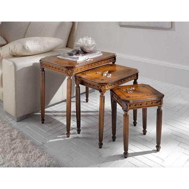 Artigiani Veneti Riuniti Trio tables gigognes style classique