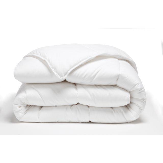TEX HOME Couette RESPIRANTE CHAUDE Couette RESPIRANTE CHAUDE en Coton 140x200 cm - blanc