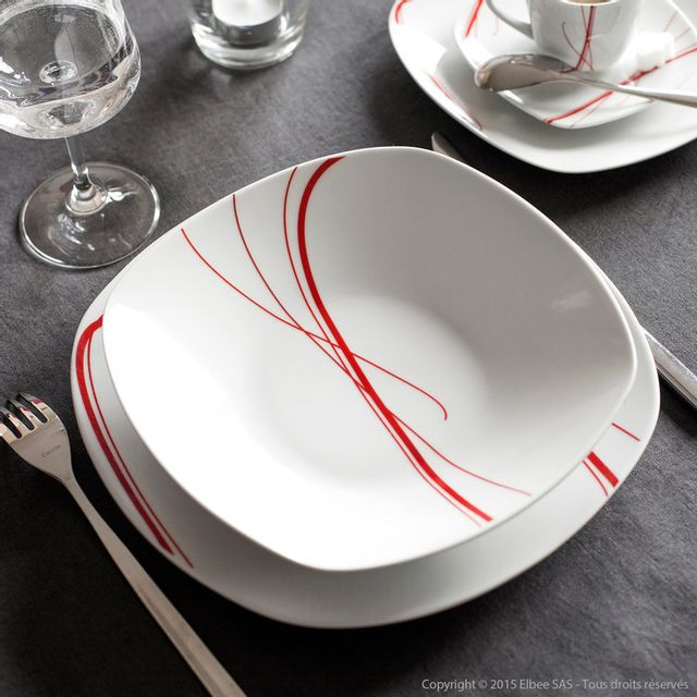 c1c1d4696e564c Axe Design - Service de table carré 30 pièces en porcelaine Zigzag - Rouge