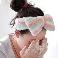 408804e554706 Bandeau Mignon Grand Bow Cheveux Maquillage Laver Visage avec bande de  Mouvement Flannelette Bundle Accessoires Bandeaux