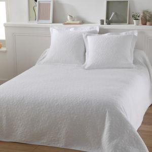 tradition des vosges parure couvre lit lulu blanc pas cher achat vente parures de lits. Black Bedroom Furniture Sets. Home Design Ideas