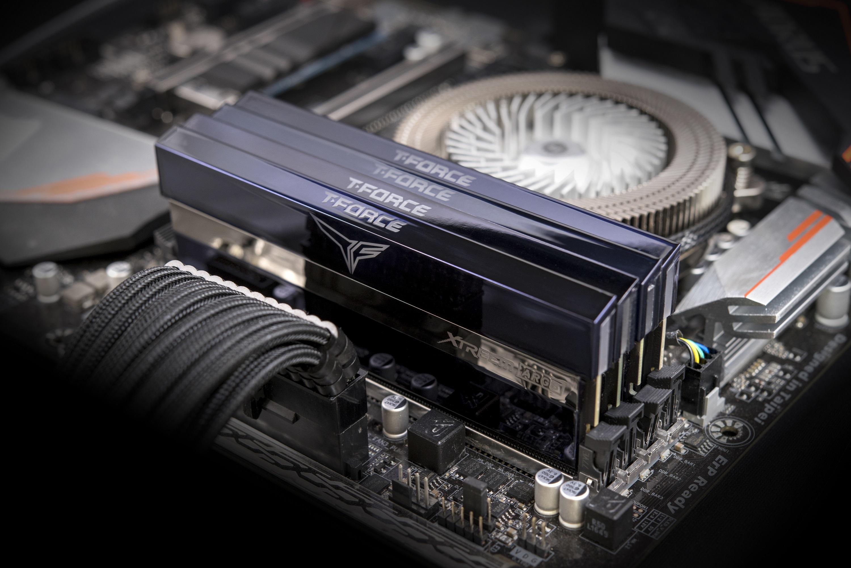 Xtreem ARGB - 2 x 8 Go - DDR4 3600 MHz - RGB - Noir
