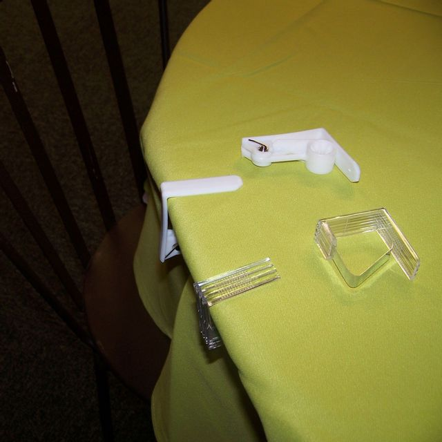 Douceur d 39 interieur 4 pinces transparentes pour nappe 4 6 x 4 3 cm pas cher achat vente - Nappe plastique transparente pour table ...
