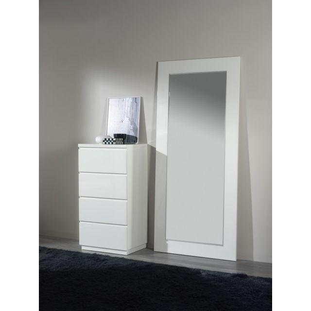 Ma Maison Mes Tendances Chiffonnier 4 tiroirs en bois laqué brillant blanc Olga - L 59 x l 45 x H 112.5