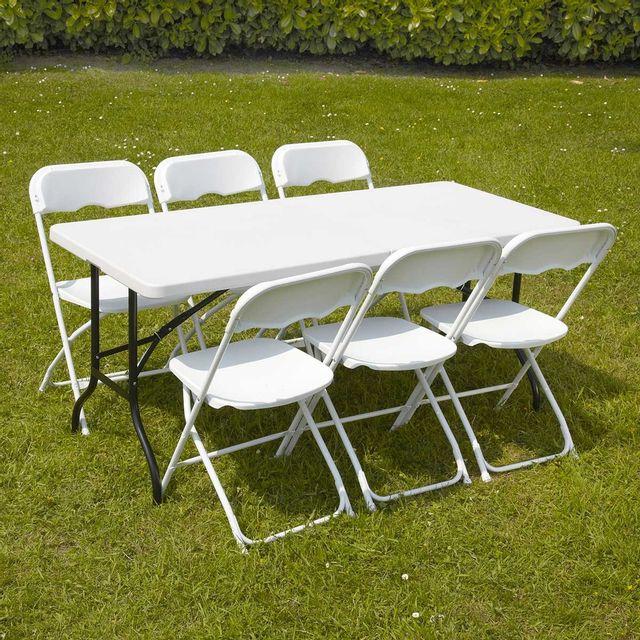 mobeventpro ensemble table et chaises pliantes de jardin. Black Bedroom Furniture Sets. Home Design Ideas