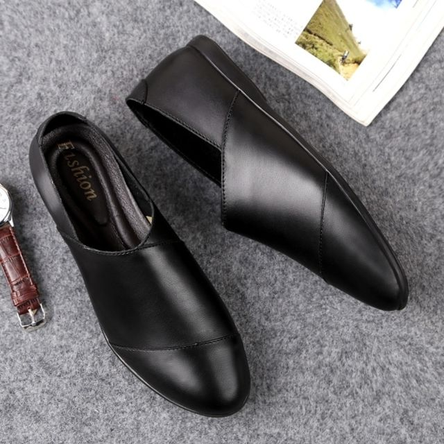 Chaussures Souliers tout aller confortables et en cuir souple pour hommes Couleur: noir Taille: 44