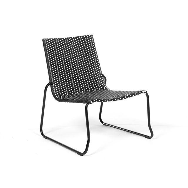 axe design fauteuil lounge bas acier et r sine tress e noir et blanc chess pas cher achat. Black Bedroom Furniture Sets. Home Design Ideas
