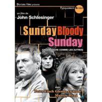 Doriane Films - Sunday Bloody Sunday Un dimanche comme les autres