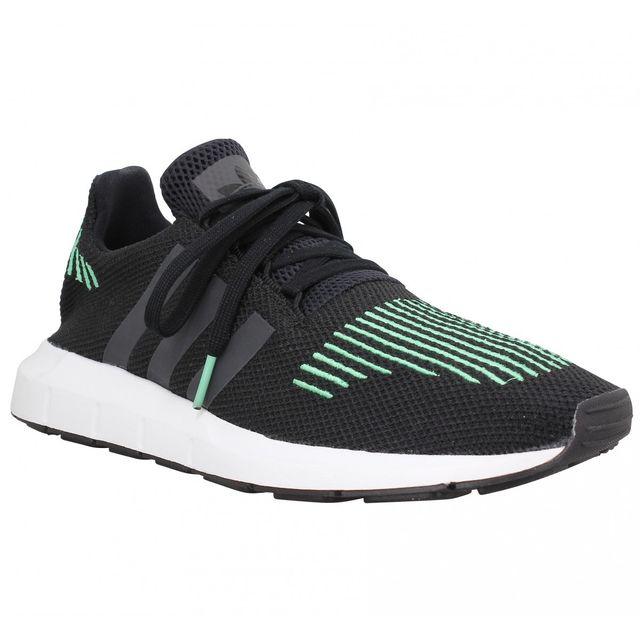 Adidas - Swift Run toile Homme-44-Noir - pas cher Achat   Vente Baskets  homme - RueDuCommerce 3ef4fd3d2f86