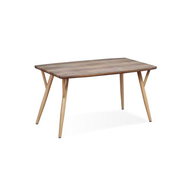 Table style scandinave Mya Chêne - 4 à 6 personnes