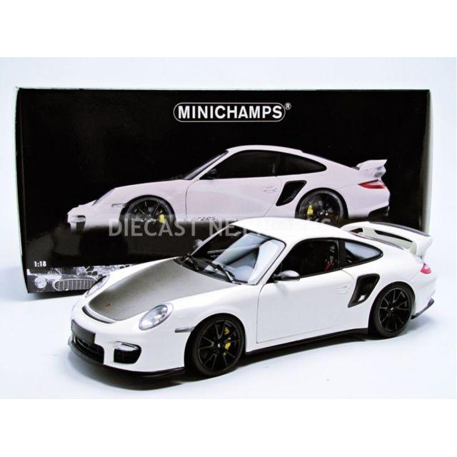 minichamps 1 18 porsche 911 997 gt2 rs 2011 100069405 pas cher achat vente. Black Bedroom Furniture Sets. Home Design Ideas