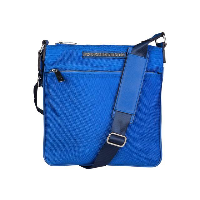 0a90b8c718 Buzzao - Sac bandoulière homme bleu Trussardi - pas cher Achat / Vente  Pochettes bandoulière - RueDuCommerce