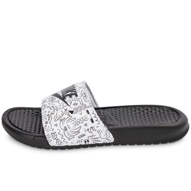3a35f654608 Nike - Nike Benassi Just Do It Print Steven Harrington - Sandales Femme