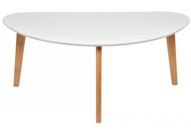 Declikdeco Cette Grande Table Basse Oaky Blanche de design scandinave est idéal pour habiller votre intérieur. Cette table imitatio