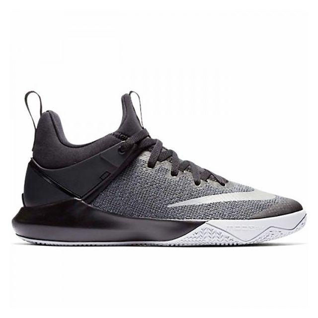 1108634a11ec3 Nike - Chaussure de Basketball Nike Zoom shift Noir pour femme Pointure - 36