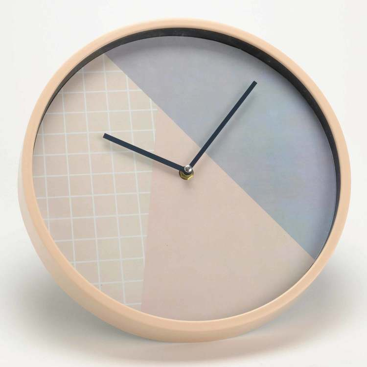 Horloge murale ronde en plastique tricolore D30cm Suede