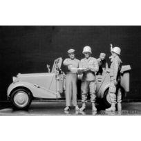 Master Box - Maquette voiture + 5 figurines : L'auto-Stop : Parachutistes Us et Civils Français