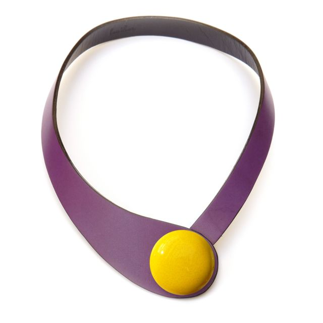 Ceraselle Collier cuir violet et céramique jaune