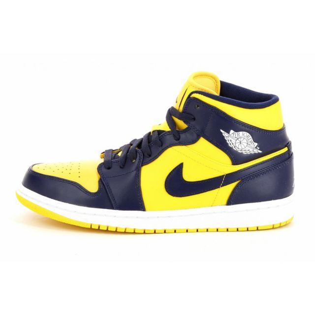 Nike Basket Air Jordan 1 Mid Ref. 554724 707 pas cher