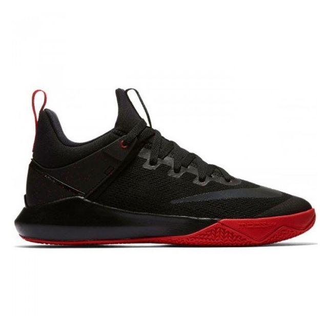 edba152f1ad Nike - Chaussure de Basketball Zoom shift Noir rouge pour homme Pointure -  48 - pas cher Achat   Vente Chaussures basket - RueDuCommerce