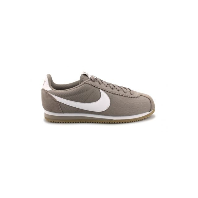 Nike - Basket Cortez Nylon Beige 807472-202 - pas cher Achat